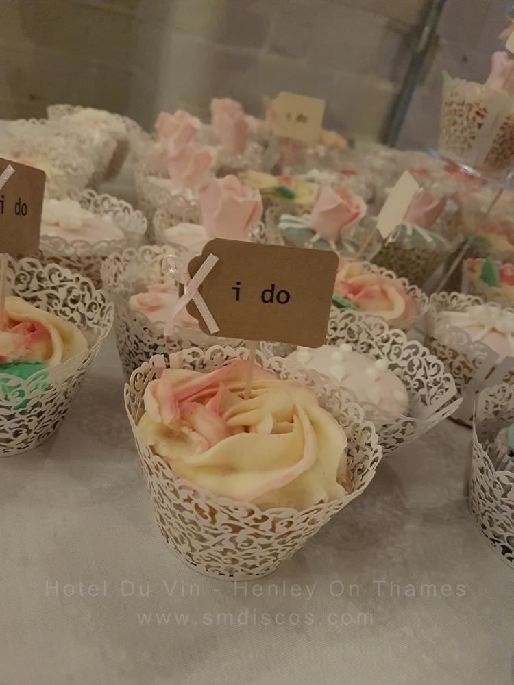 wedding cupcakes in Henley