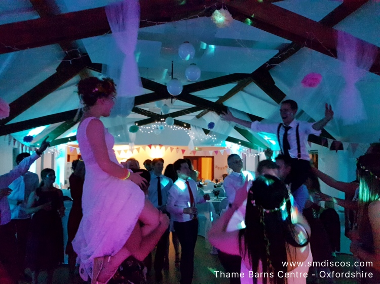 Wedding DJ in Thame Oxfordshire