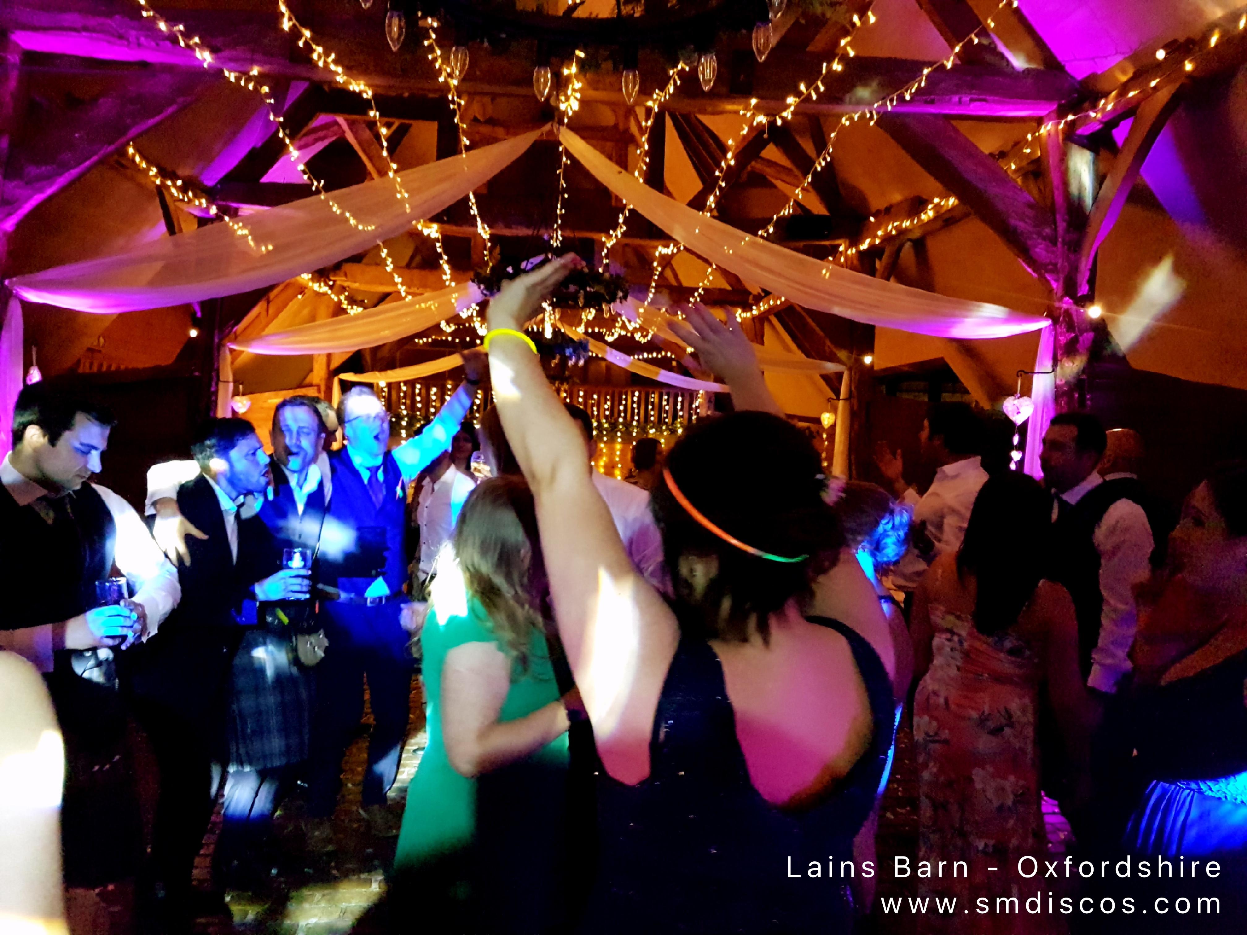 Party DJ Lains Barn