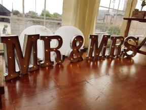 Wedding Mr & Mrs light up letters