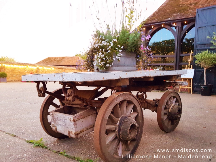 Lillibrooke Manor Maidenhead Wedding
